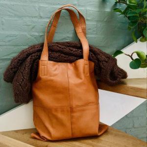 muud Show taske i ægte læder medium - Pindeliv