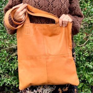 muud show taske i ægte læder - medium - Pindeliv